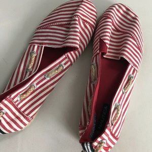 Nautica women's espadrille  size 7 red and white